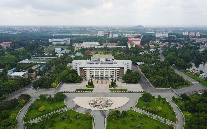Đại học Quốc Gia TPHCM - Đại học hàng đầu TPHCM