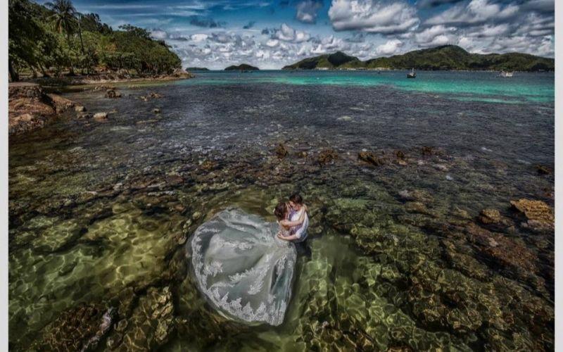 Tấm ảnh cưới đẹp lung linh qua góc chụp mới lạ của Ngan Vo Studio