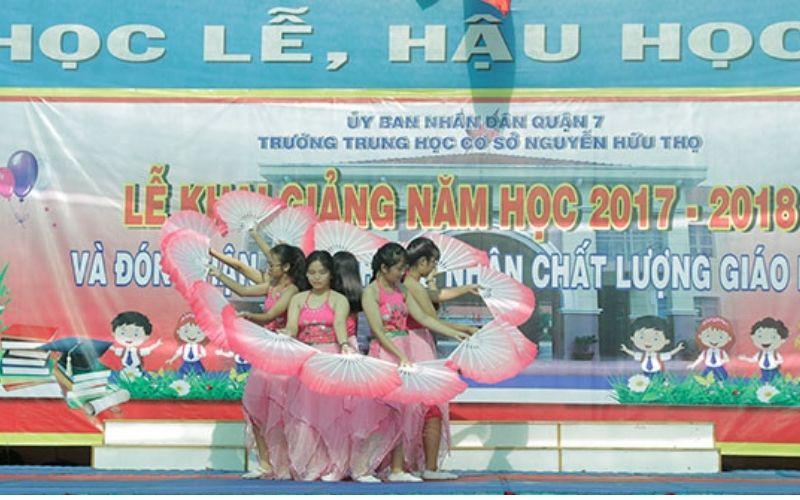 Trường trung học cơ sở Nguyễn Hữu Thọ