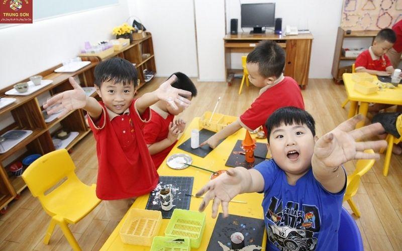 Mầm non Trung Sơn là một ngôi trường mầm non hàng đầu tại huyện Bình Chánh