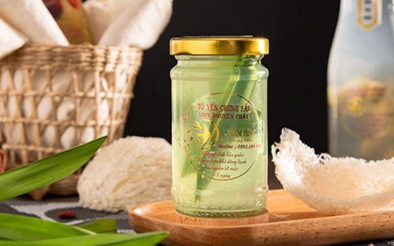 Yến chưng lá dứa tại Yến Bạc cũng là một sản phẩm chất lượng bạn có thể thử