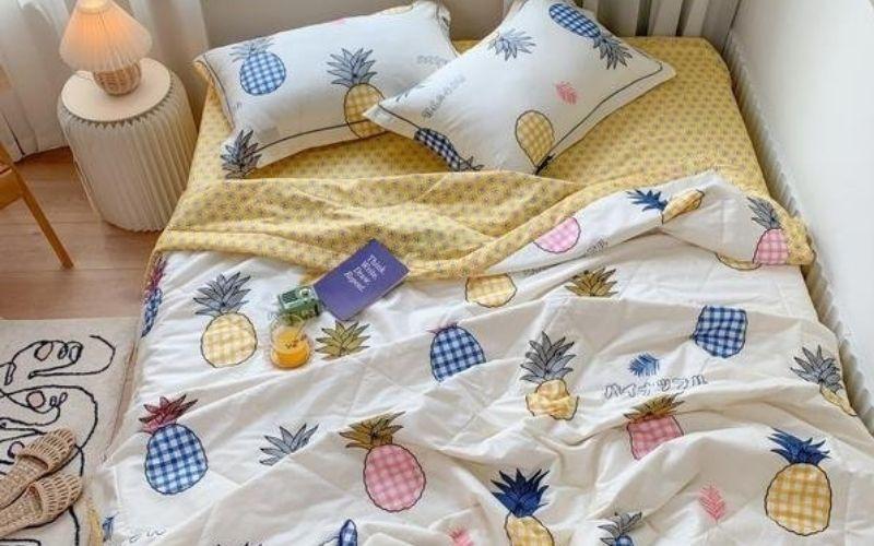 bedding & decor