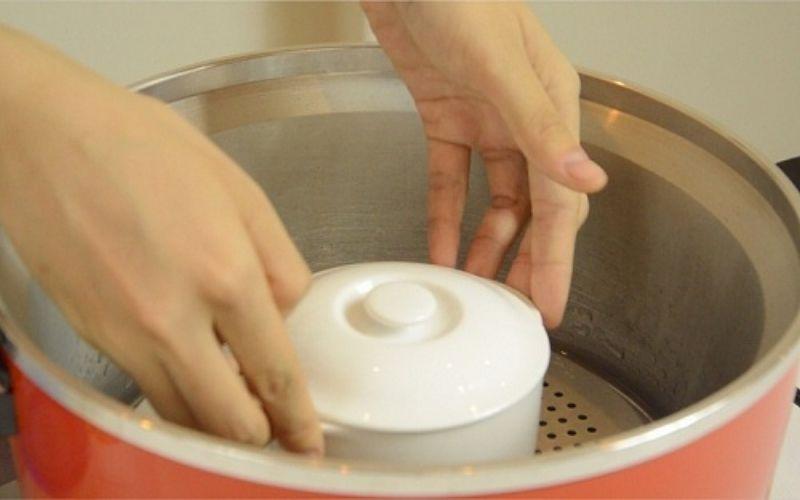 Hướng dẫn cách làm tổ yến chưng đường phèn