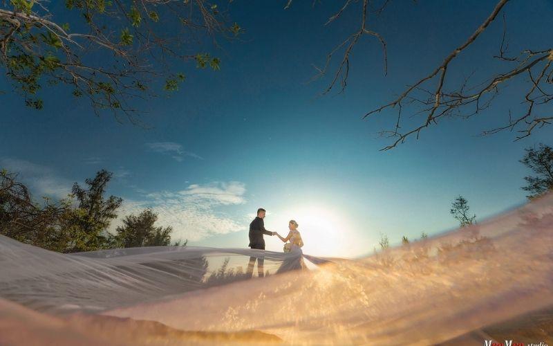 Chụp ảnh cưới quận 1 - meomeo
