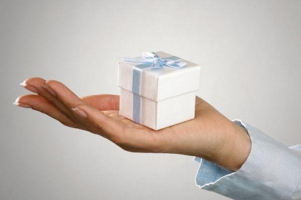 Những sai lầm mắc phải khi chọn quà tặng khách hàng