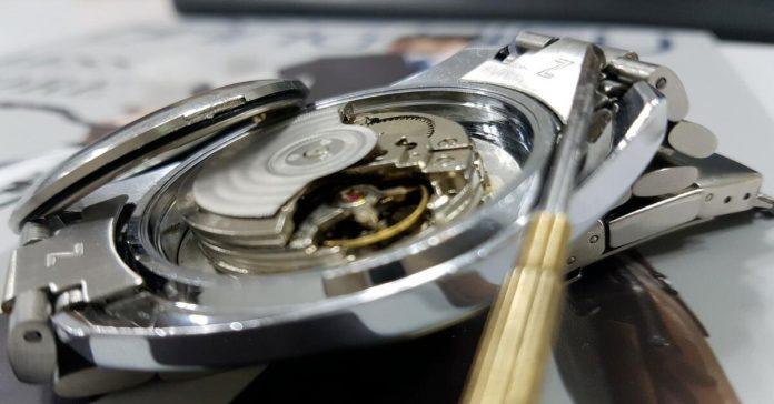 Những điều bạn cần biết về bộ dụng cụ mở nắp đồng hồ