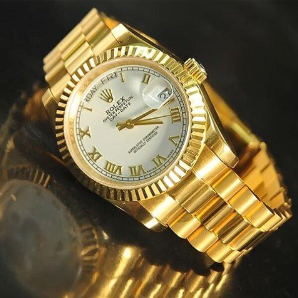 Ưu điểm của đồng hồ mạ vàng